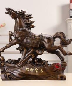 ngựa phong thủy bảo mã chiêu tài lộc 1