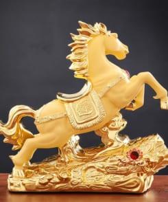 ngựa phong thủy chiêu tài lộc 2