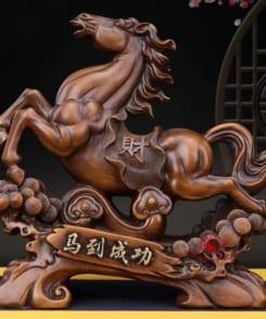 ngựa phong thủy phát tài như ý 2