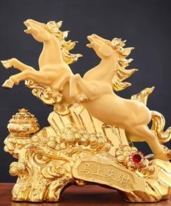 tượng ngựa song mã phi hành 2