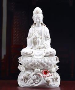 tượng sứ trắng quan thế âm ngồi 4