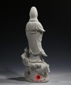 tượng quán thế âm bồ tát đứng tòa sen 5