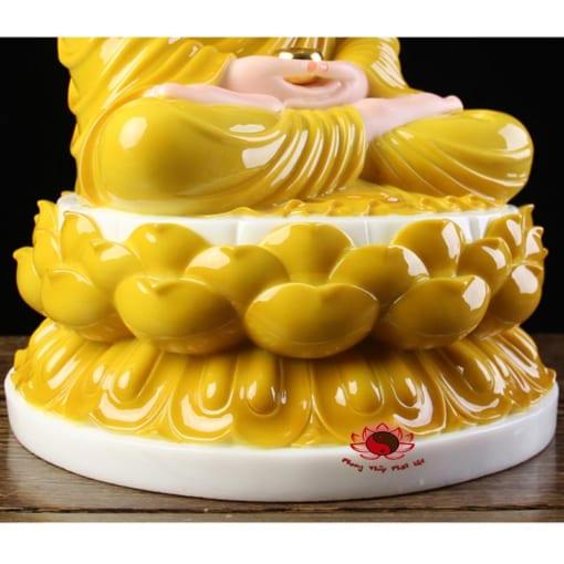 tôn tượng bổn sư thích ca mâu ni màu vàng 1