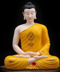 tượng bổn sư thích ca mâu ni màu vàng 2