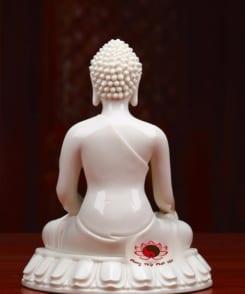 tượng phật thích ca mâu ni bằng sứ trắng 1