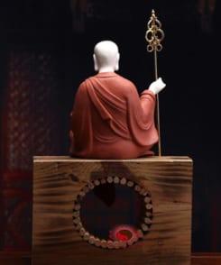 tượng sứ đức địa tạng màu đỏ đẹp 7