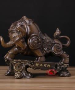 tượng trâu phong thủy chiêu tài 4