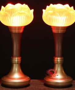 đèn thờ hoa sen lưu ly bằng đồng 5